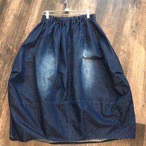 Skirts - Super cute denim midi skirt